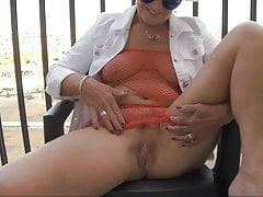 Cumming on the deck at cap D' Agde