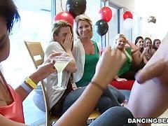 Divorcerette Blowjob Party